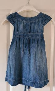 Süßes Jeanskleid von H M