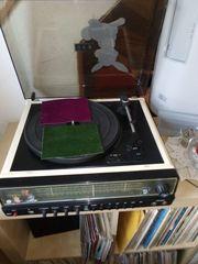 Schallplatten Plattenspieler mit Boxen Modellbahnzubehör
