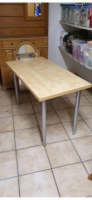 Tisch IKEA