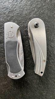 2 MAGMUN Taschenmesser eins mit