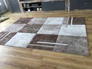 Neue Teppiche Brücken