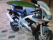 Motorrad Kraftrad Zweirad Suzuki GSXR
