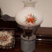 Petroleumlampe mit originalem handbemalten Sc