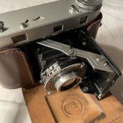 Analoge Antike Kamera mit Balk