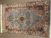 Handgeknüpfter Teppich aus Indien 180