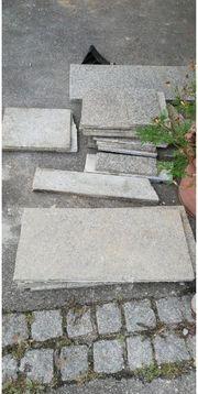 Verschiedene Steinplatten herzugeben