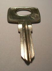 Schlüsselrohling Errebi YMHY für Mercedes