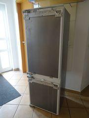 Siemens Einbau Kühl- Gefrierschrank KI26E440