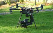Große Drohne Octocopter X8 Arri