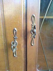 Schrank 2-teilig mit 4 Schlüsseln