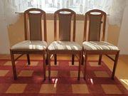 Holzstühle