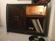 Phonomöbel mit Telefunken-Plattenspieler und Bar