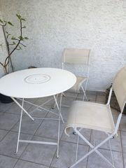 Terrassentisch und 2 Stühle weiß