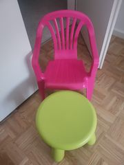 Kinder Stuhl und Hocher