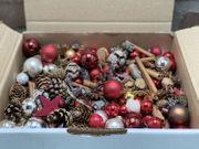 Weihnachtsdekobox mit Minikugeln