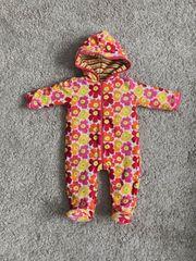 Sehr schöner warmer Overall Baby
