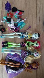Monster High Puppen und Zubehör
