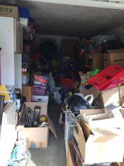 Garage voller Trödel Flohmarkt usw