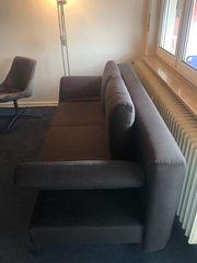 2 Wochen altes Sofa zu