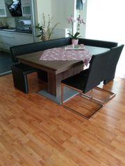 Esstisch Eckbank und 2 Stühle