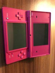 Nintendo DSi mit spielen