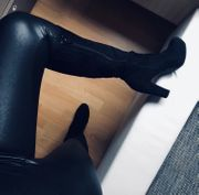 fetisch latex leder leggings bilder