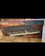 Yamaha Keyboard PSR-18