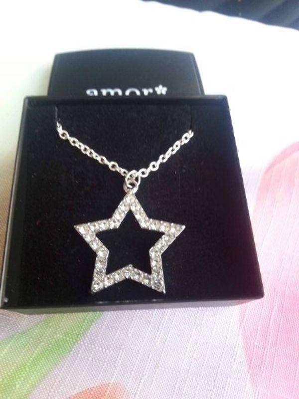 Neuw Halskette mit 2 Sternen