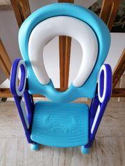 Toilettensitz mit Treppe unbenutzt