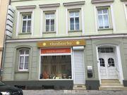 Geschäftsräume mit Schaufenster in der