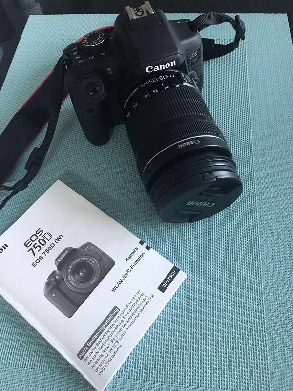 Canon EOS 750D 18-135mm IS