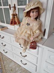 Porzellanpuppe Bianca aus der Bijou