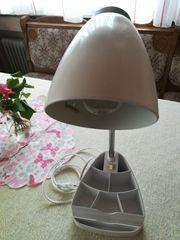 Schreib- oder Nachttischlampen mit Kleinutensilienfächern