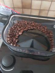 Kaffe maschiene mit mahlwerk und