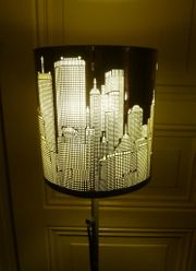 Tolle Stehlampe Skylain New York
