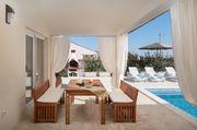 Ferienhaus Villa mit Pool in