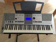Keyboard Yamaha PSR E413 mit