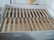 Bettgestell mit 2 Schubladen ausziehbar
