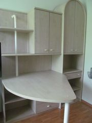Schreibtischwand