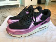 Nike Air Max schwarz Lila