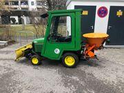John Deere 415 Traktor