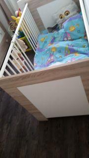 Babybett mit neuer Matratze und