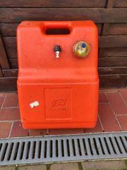 Benzintank Boot