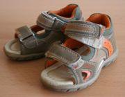 Sandalen Gr 19 neuwertig