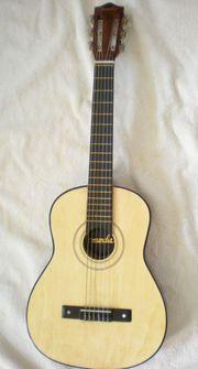 Kindergitarre aus Holz