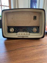 Radio Loewe Opta