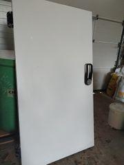 Kühlraumtüre