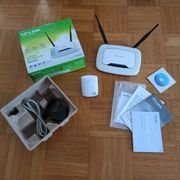 TP-Link Router plus TP-Link Repeater