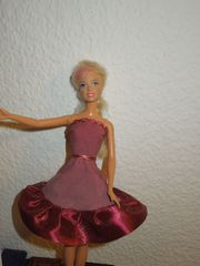 Kleid für Barbie o ä