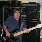 Bassist sucht Rockband